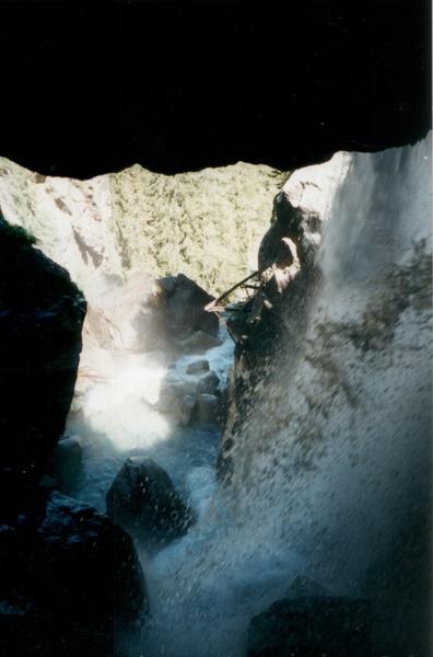 2001-Cascade_2.jpg